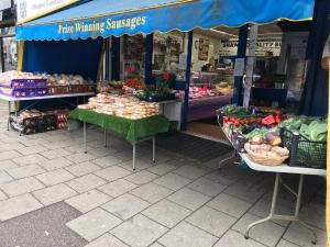 Shaws-Butcher-Chingford-outside